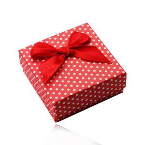 Červená darčeková krabička na prstene, náušnice, alebo prívesok, biele bodky, mašlička