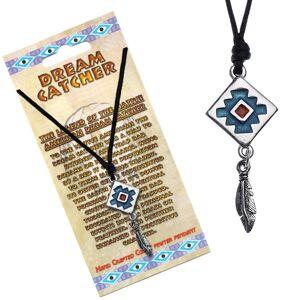 Čierny náhrdelník, štvorcový lapač snov s modrým pozadím