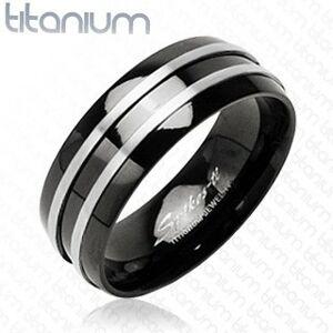 Čierny prsteň z titánu - dva  tenké pásy striebornej farby - Veľkosť: 52 mm