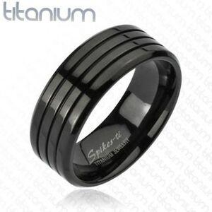 Čierny prsteň z titánu s tromi tenkými zárezmi, vysoký lesk, 8 mm - Veľkosť: 65 mm