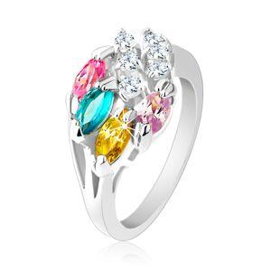 Lesklý prsteň striebornej farby, farebné zirkónové zrnká, číre zirkóniky - Veľkosť: 51 mm