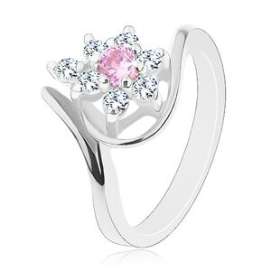 Lesklý prsteň v striebornom odtieni, zahnuté ramená, ružovo-číry kvietok - Veľkosť: 50 mm