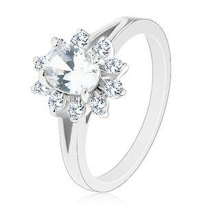 Lesklý prsteň v striebornom odtieni, zirkónový oválny kvietok čírej farby - Veľkosť: 54 mm