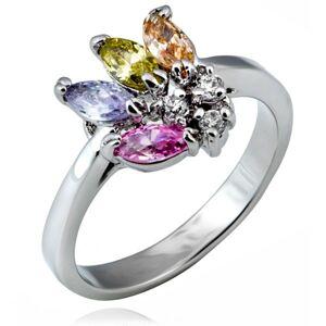 Lesklý prsteň z kovu - vejár farebných zrnkových zirkónov - Veľkosť: 51 mm