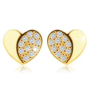 Náušnice v 9K zlate - symetrické srdce s lesklou a zirkónovou polovicou