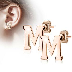 """Oceľové náušnice v medenej farbe - písmeno abecedy """"M"""", puzetky"""