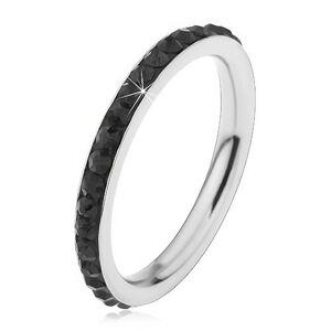 Oceľový prsteň striebornej farby, ligotavé čierne zirkóniky - Veľkosť: 55 mm