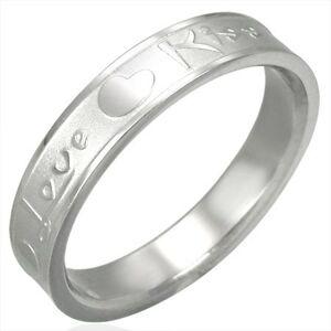 Oceľový prsteň striebornej farby, matný stred a lesklé okraje, Love & Kiss - Veľkosť: 50 mm