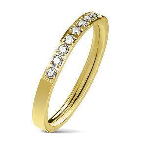 Oceľový prsteň zlatej farby, línia čírych zirkónov, lesklý povrch, 2,5 mm - Veľkosť: 60 mm