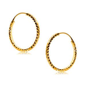 Okrúhle náušnice v žltom 585 zlate zdobené diamantovým rezom, hranaté ramená, 18 mm