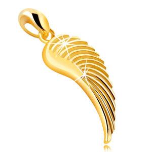 Prívesok so žltého 375 zlata - anjelské krídlo, lesklý gravírovaný povrch