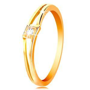 Prsteň v žltom 14K zlate - okrúhly číry zirkón v kosoštvorci, rozdelené ramená - Veľkosť: 54 mm