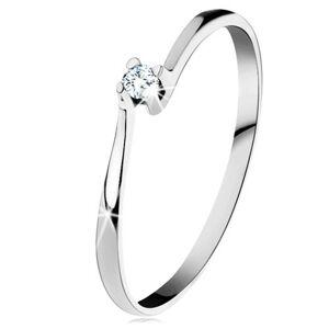 Prsteň z bieleho 14K zlata - trblietavý číry diamant v lesklom kotlíku - Veľkosť: 57 mm