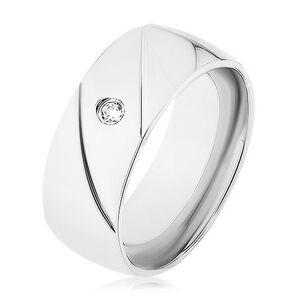 Prsteň z ocele 316L, strieborná farba, dva diagonálne zárezy, číry zirkónik - Veľkosť: 57 mm