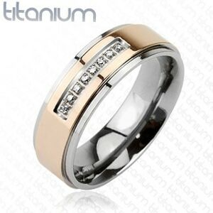 Prsteň z titánu ružovozlatej farby a radom zirkónov - Veľkosť: 51 mm