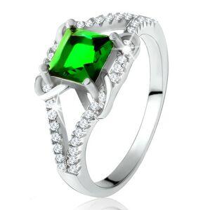 Prsteň zo striebra 925, štvorcový zelený zirkón, rozdvojené ramená, X - Veľkosť: 54 mm