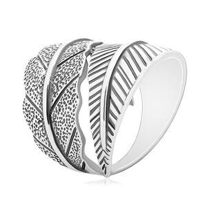 Strieborný 925 prsteň, protismerne zahnuté veľké listy, sivá patina - Veľkosť: 49 mm