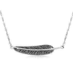 Strieborný náhrdelník 925 - špirálovitá retiazka a patinované pierko