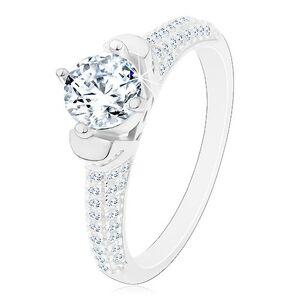 Strieborný prsteň 925, okrúhly číry zirkón v dekoratívnom kotlíku, ligotavé ramená - Veľkosť: 51 mm