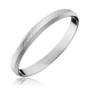 Strieborný prsteň 925 - zvislé a diagonálne vrúbky, 2 mm - Veľkosť: 55 mm