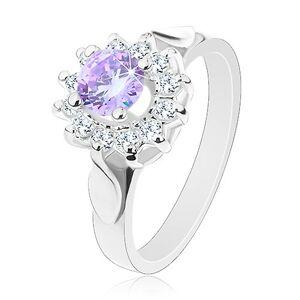 Trblietavý prsteň s lístkami na ramenách, svetlofialový zirkón, číre lupene - Veľkosť: 52 mm