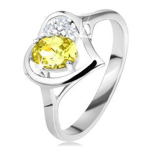 Trblietavý prsteň s obrysom srdca, zelenožltý oválny zirkón, tri číre zirkóniky - Veľkosť: 50 mm