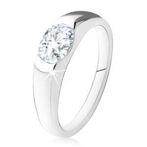 Zásnubný prsteň zo striebra 925, oválny číry kamienok, hladké ramená - Veľkosť: 53 mm