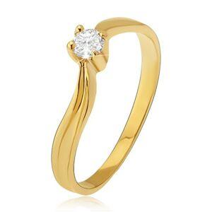 Zlatý prsteň 585 - lesklé zvlnené ramená, priehlbina, číry kamienok - Veľkosť: 55 mm