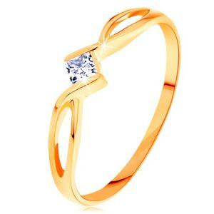 Zlatý prsteň 585 - prepletené rozdvojené ramená, číry zirkónový štvorček - Veľkosť: 49 mm