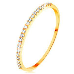Zlatý prsteň 585 - tenké lesklé ramená, ligotavá zirkónová línia čírej farby - Veľkosť: 65 mm